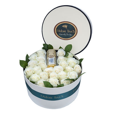 Wedding Gifts in Dubai-Gold Bar and Roses