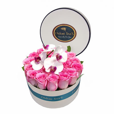 Gentle Roses Gift