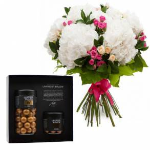 Wedding Gifts in Dubai-Special Day