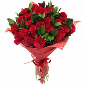 Wedding Anniversary Gifts in Dubai-Flowers Surprise in Red
